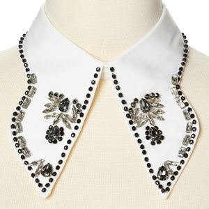 Jewelry - Hand Beaded Extended Collar - White